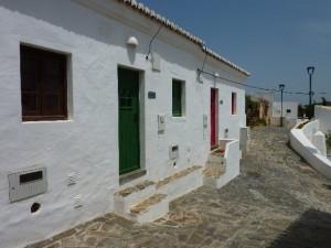 grün und blaues haus aldeia